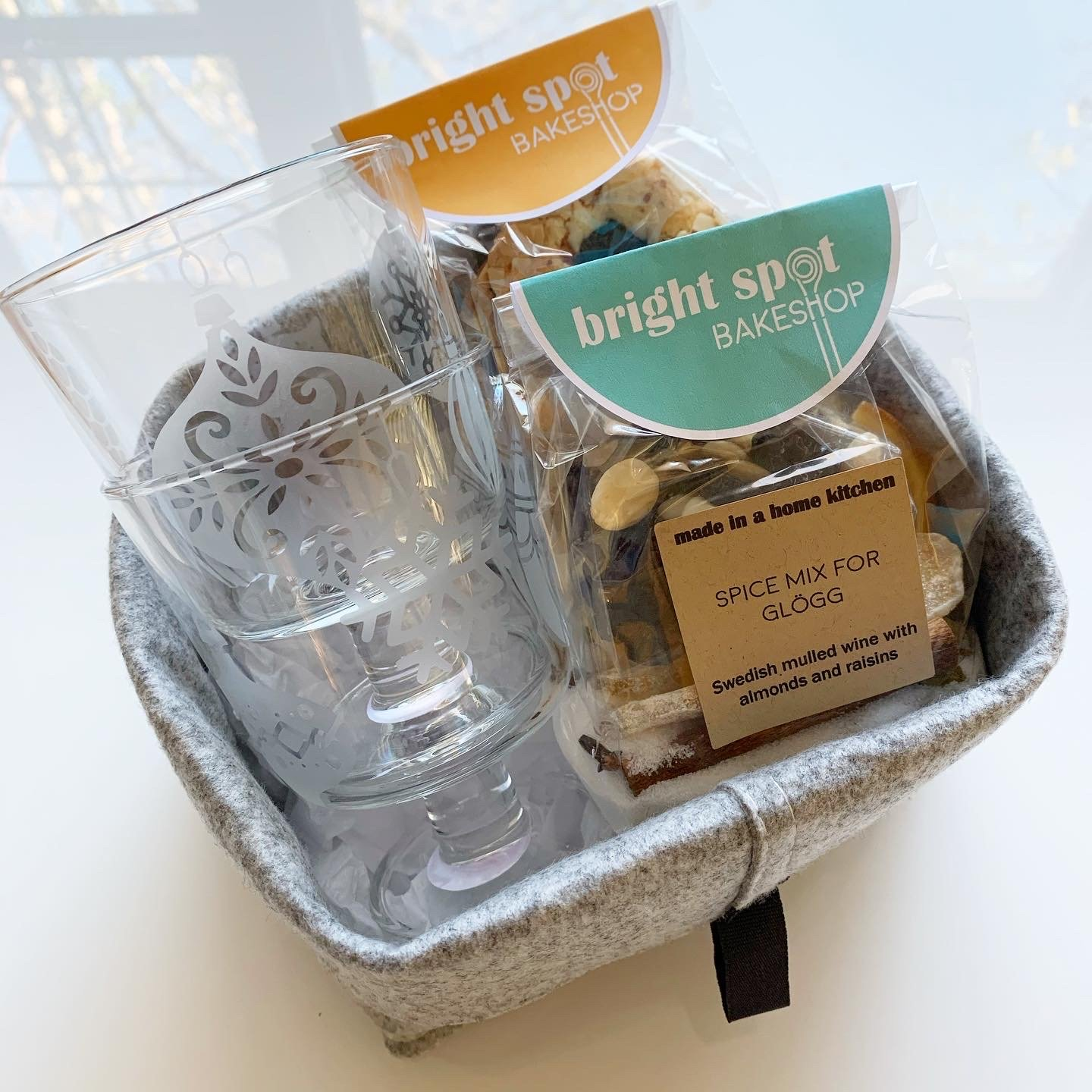 gift basket small glogg