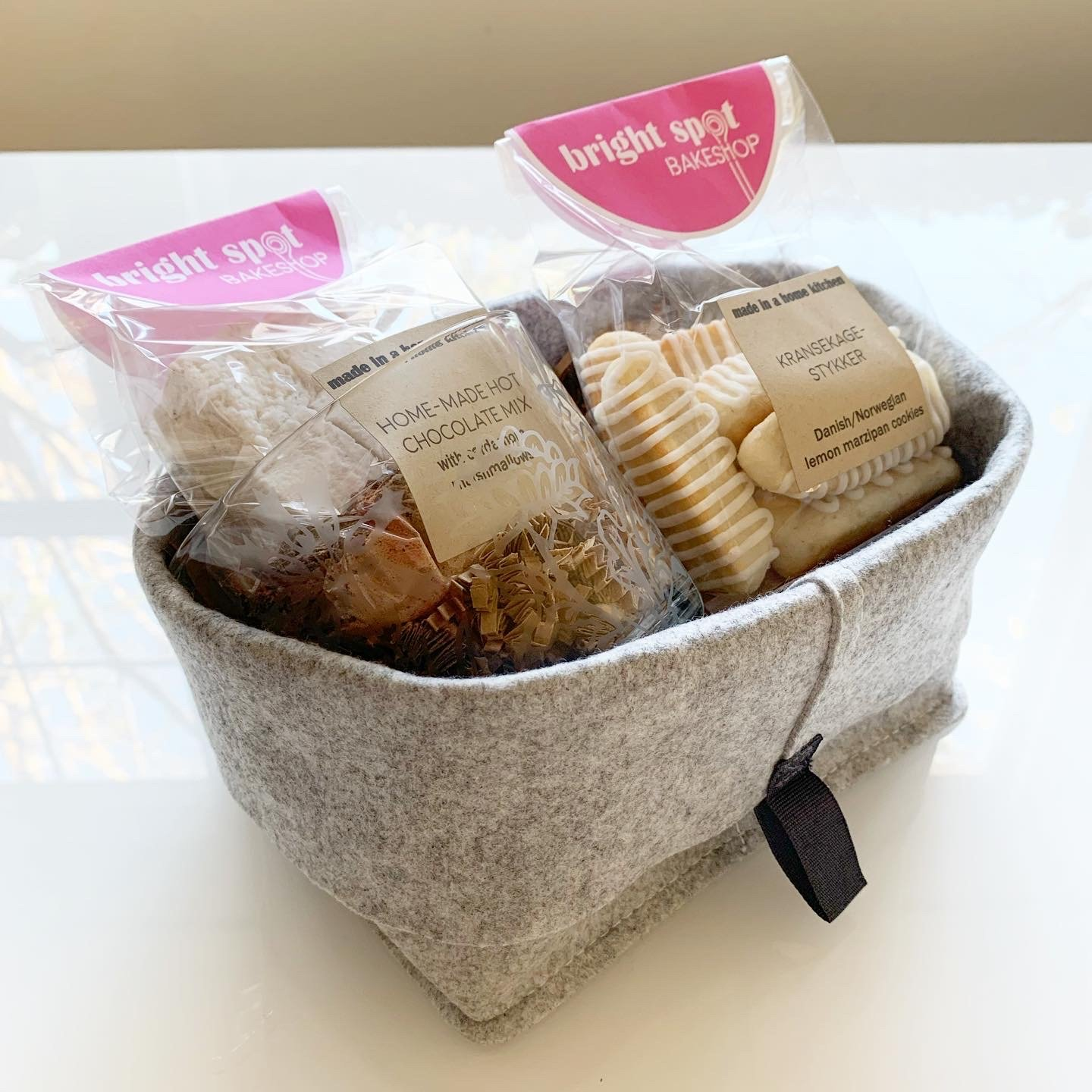 gift basket small hot chocolate